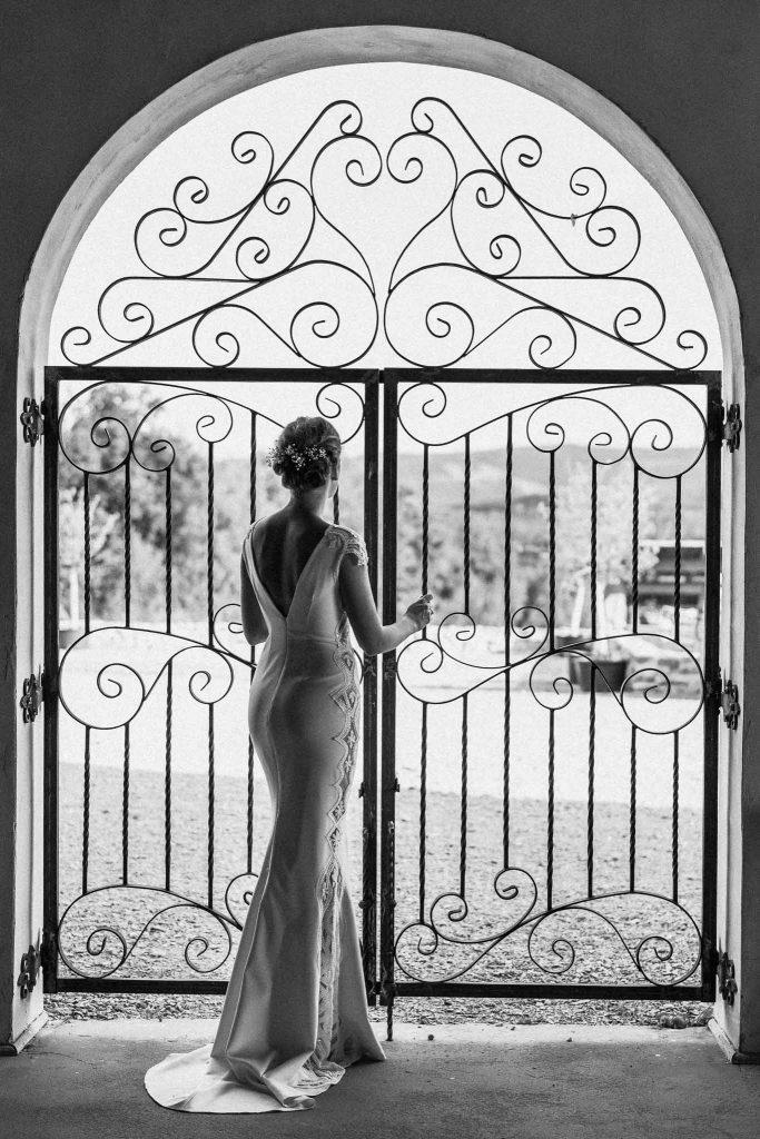 pani młoda suknia ślubna villa love