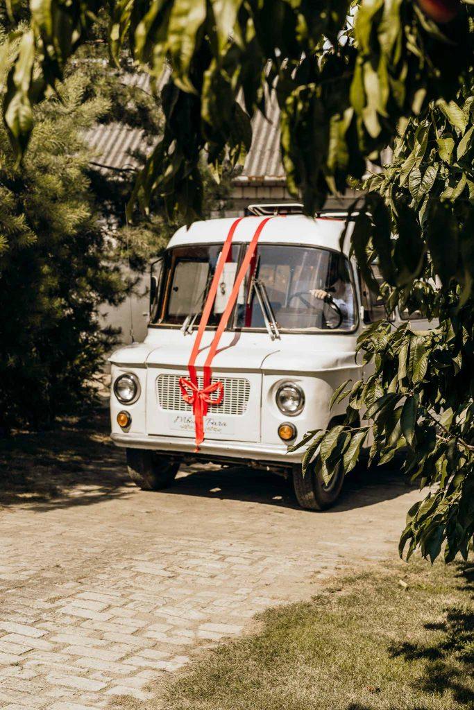auto do ślubu nyską do ślubu