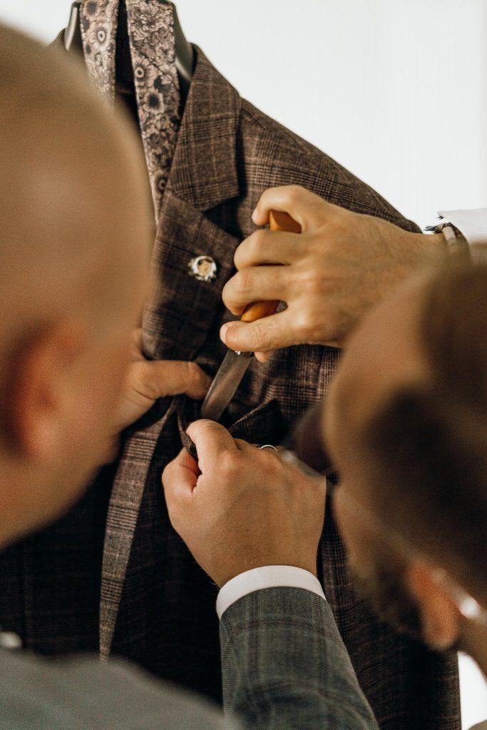 przygotowania ślubne dom pana młodego garnitur ślubny